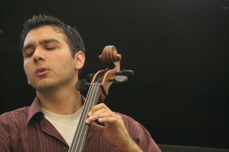 Yves DHARAMRAJ, violoncelliste