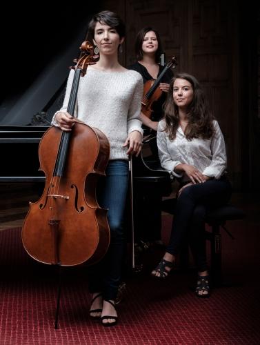 Trio Sora2.jpg